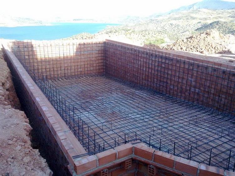 pool construction maintenance company - 4