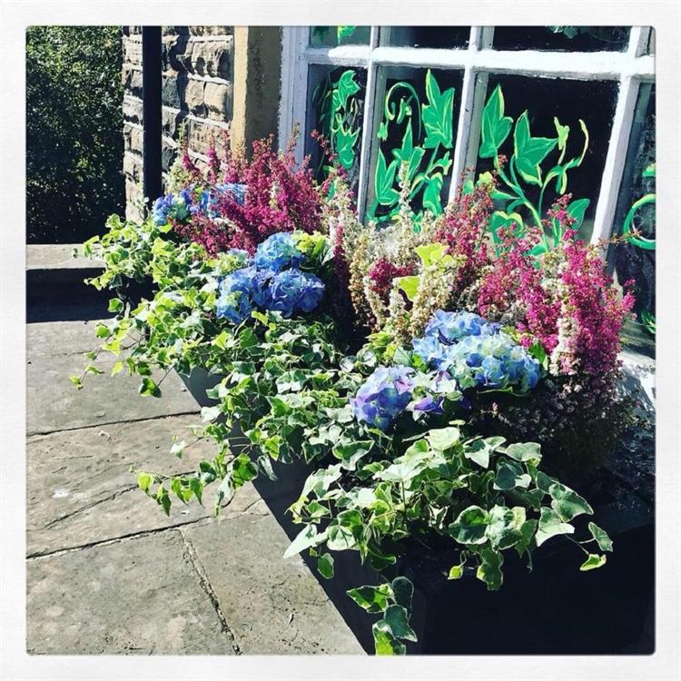 established local florist baildon - 10