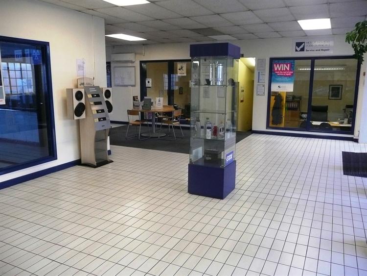 motor service repair garage - 4