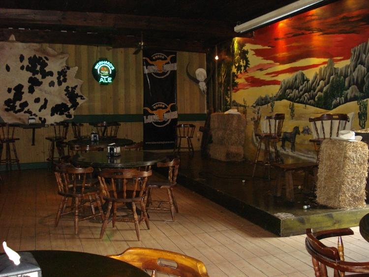 restaurant with bar belen - 15