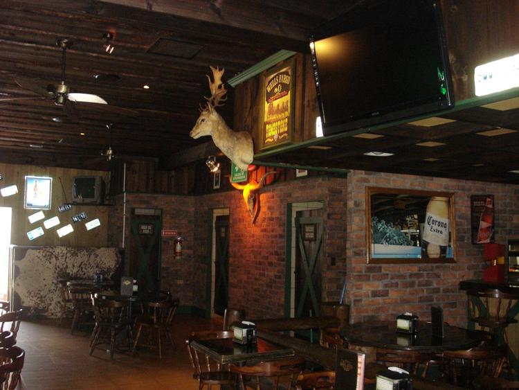 restaurant with bar belen - 13