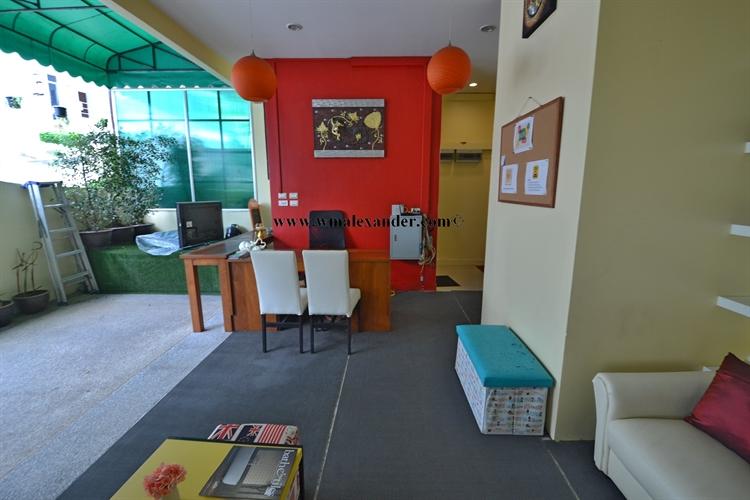 guest house adjacent commercial - 7