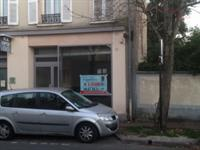 commercial space of 115m2 - 2